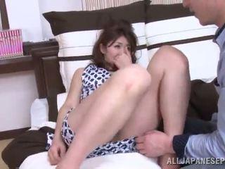 Riri takes ele para dela lugar e exposes o que ela é capaz para fazer