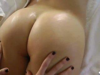 brunette, erotisk massasje