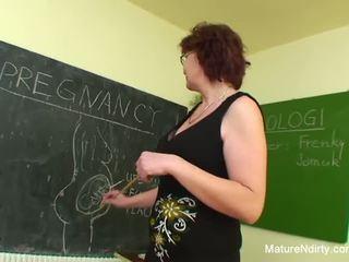 Tanuló fucks övé sokkal idősebb tanár