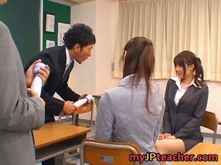 Junna aoki un erika kirihara seksuālā jauks