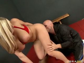 Busty Dayna Vendetta Fucked By Her Gym Instructor Video