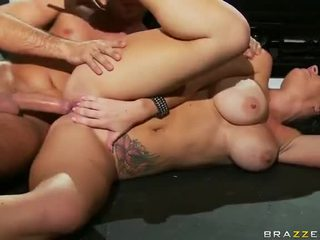 Brunete jayden jayems gets anāls fucked līdz keiran lee video