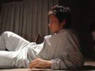 Japoneze djalë fucks e tij hap nënë video