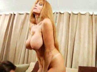 Huge Busty MIlf Gets Titty Fucked