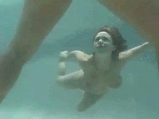 Isabella Soprano Under Water