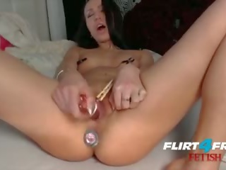 Fetish Hottie Millana Shows Off Her Anal Play Skills
