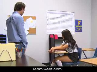 InnocentHigh Tall schoolgirl teen Scarlet Banks cl