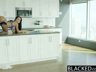 Blacked 丈夫 does 不 知道 妻子 sabrina banks loves bbc