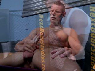 Hardbodies porno
