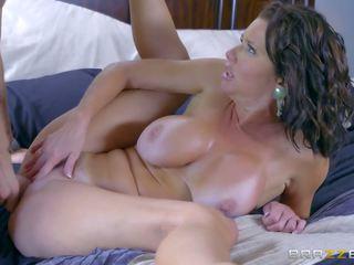 Brazzers - Veronica Avluv - Mommy got Boobs: Free Porn 85