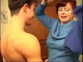 クソ, 巨乳, 赤毛, ママと少年