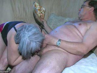 Oldnanny παχουλός/ή γιαγιά είναι πολύ καυλωμένος/η μεγάλος τρίο