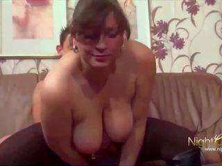 Skinny Milf Große Titten Anal