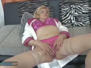 Europemature Old Blonde Lady Masturbating Her Cunt: Porn 31