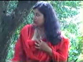 สมาร์ท และ น่ารักน่าหยิก มหาศาล หน้าอก อินเดีย หญิง bj ไปยัง เธอ bf