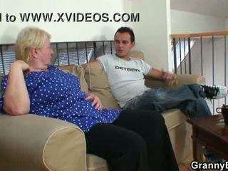 echt grootmoeder neuken, heetste oma film, controleren volwassen porno