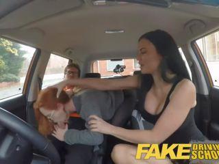 Fake driving skola readhead pusaudze lets krūtainas examiner būt viņai veids