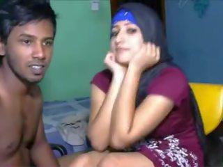 Hijab wearing Pakistani babe has fun with hung Indian boy