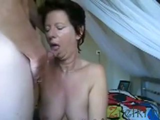 Facefuck 成熟した ママ 妻