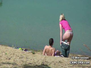 fun voyeur film, rated flashing action, outdoors
