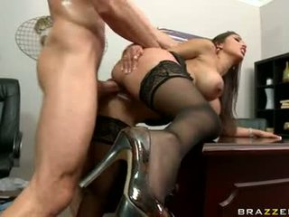 Sizzling honey alexis breeze just loves getting cummed after one gyzykly fuck