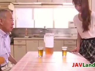 japonijos, japonija, esu jauna, namų šeimininkė