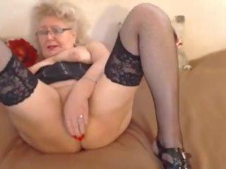 Granny orgasm tube
