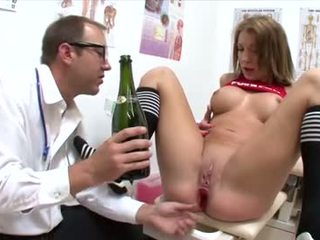 groot brunette tube, hq orale seks, alle deepthroat film