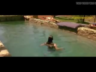 Rachel Weisz Nude Boobs in Stealing Beauty...