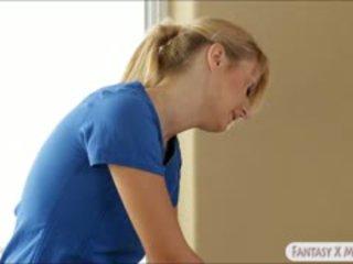 Natalia starr és jelena jensen massaged és csinál ki