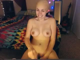 Bald and Sexy: Free Amateur Porn Video