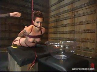 een vastgebonden kanaal, hd porn, ideaal slavernij gepost