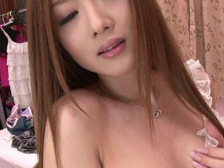 ציצים, יפני, שנתי העשרה של, אבזרי מין