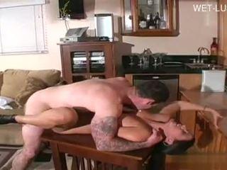 Горещ студент орално оргазъм