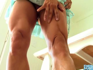 brunette film, zien vaginale masturbatie video-, striptease thumbnail