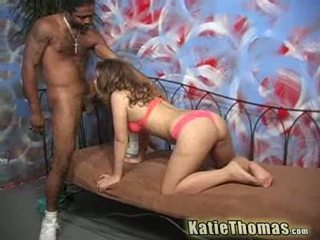 Katie thomas shows 什麼 她 knows
