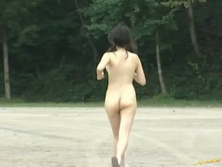 These Asian amateurs are naked sporty girls