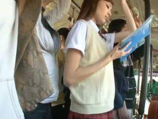 Kaori maeda has neki forró vagina pie fingered -ban egy nyilvános busz