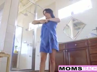 Milf Jennifer White Gets Creampie From Step Daughters Man