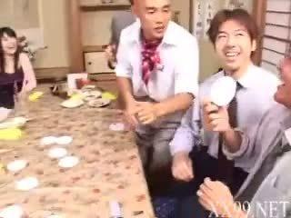 japanse thumbnail, heetste drinken porno, nieuw aziatisch scène