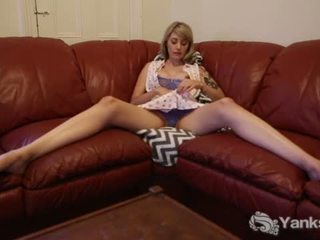 Tall Charlotte Masturbating On The Couch <span class=duration>- 6 min</span>