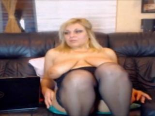 Mum with Big Tits Squirts with Pussy Play: Free HD Porn 7b
