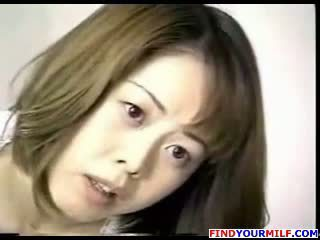 Japanese Mom Goes For It!
