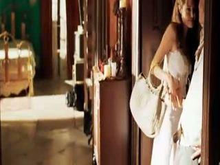 Angelina jolie mr in mrs smith