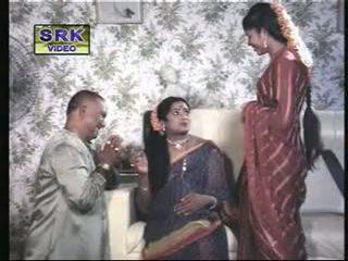 Classic Indian sexy scenes from Shadi Sep Hale Shadi Ke Bat