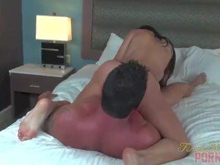 nieuw brunette gepost, geschiktheid porno, pijpbeurt seks