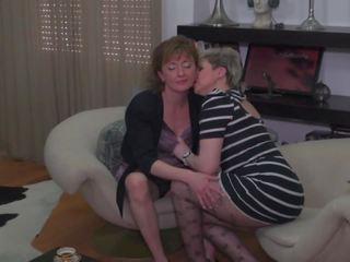 een lesbiennes mov, mooi kont likken porno, beste matures