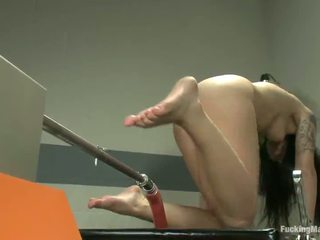Erotic Black Haired Aria Aspen Has Her Coochie Made Love By A Shafting Device