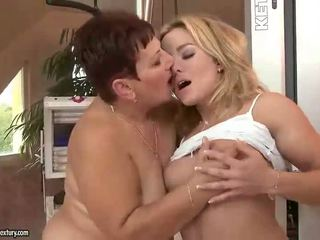 ideal old, hottest lezzy movie, nice lezzies