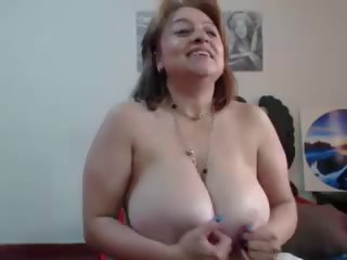 Busty Mature Squirt: Free Amateur Porn Video e8